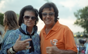 Two Elvis(es)