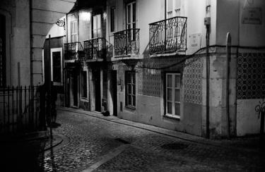 Lisbon, the night