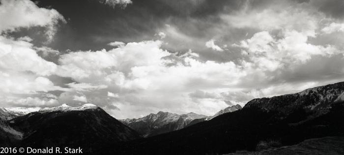 mountains4x5002a