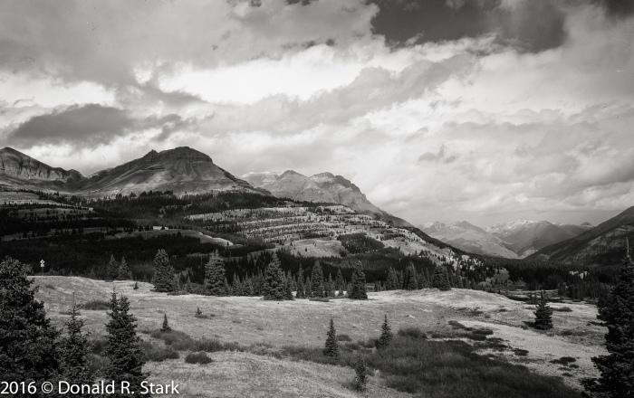 mountains4x5004a