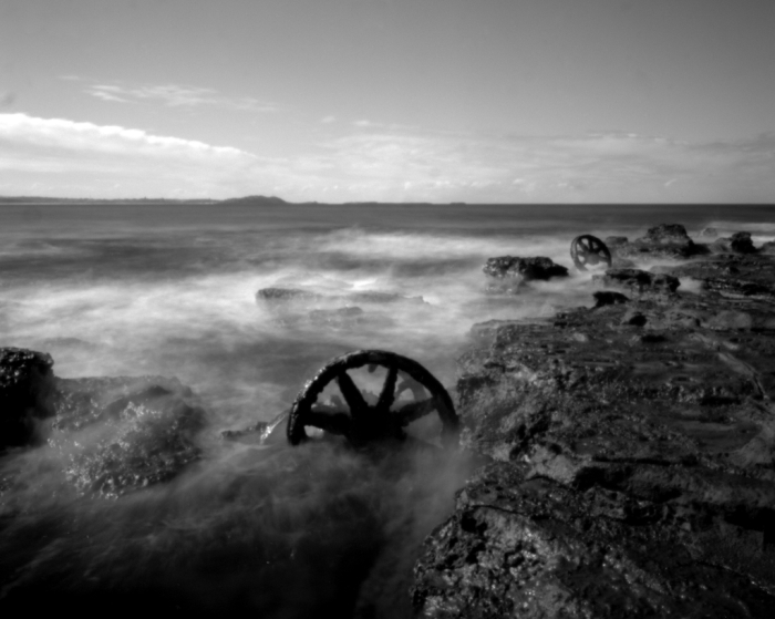 Wheels in the tide