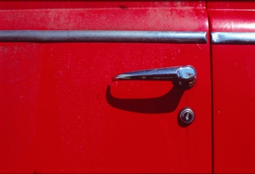Handle in Red